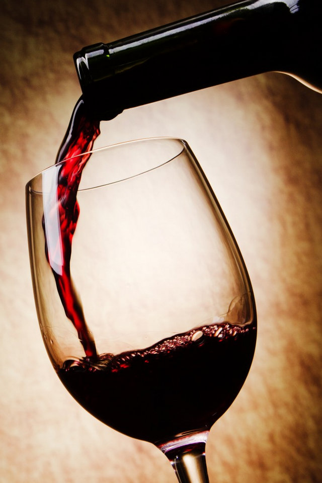 wine-red-glass-pour-a-bottle